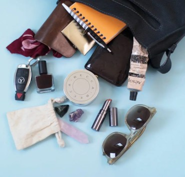 10 Things You Should Never Leave Your House Without