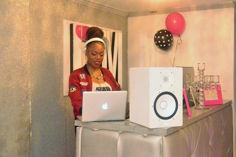 blogiversary ideas, plus size model, plus size party, DJ, atlanta dj, Female DJ