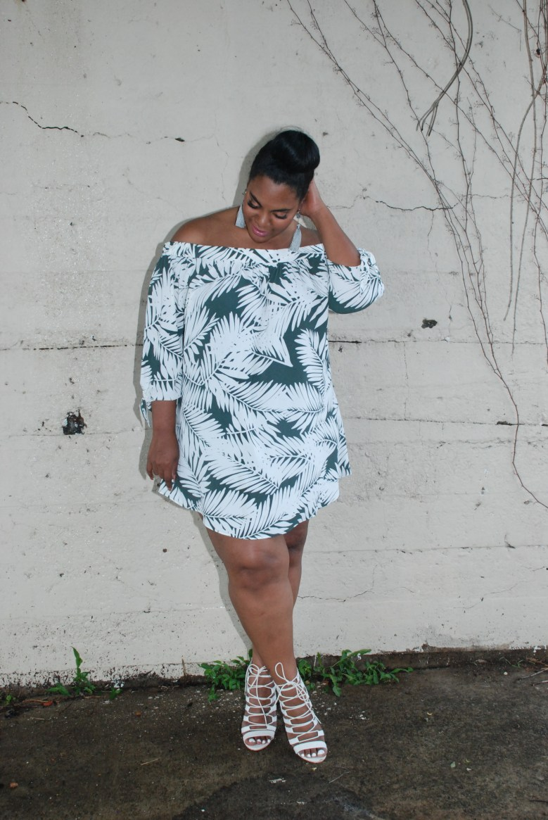 palm print plus size summer trend to try
