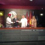 imagen de la firma del acuerdo entre Boddy Bedi y Sociograph
