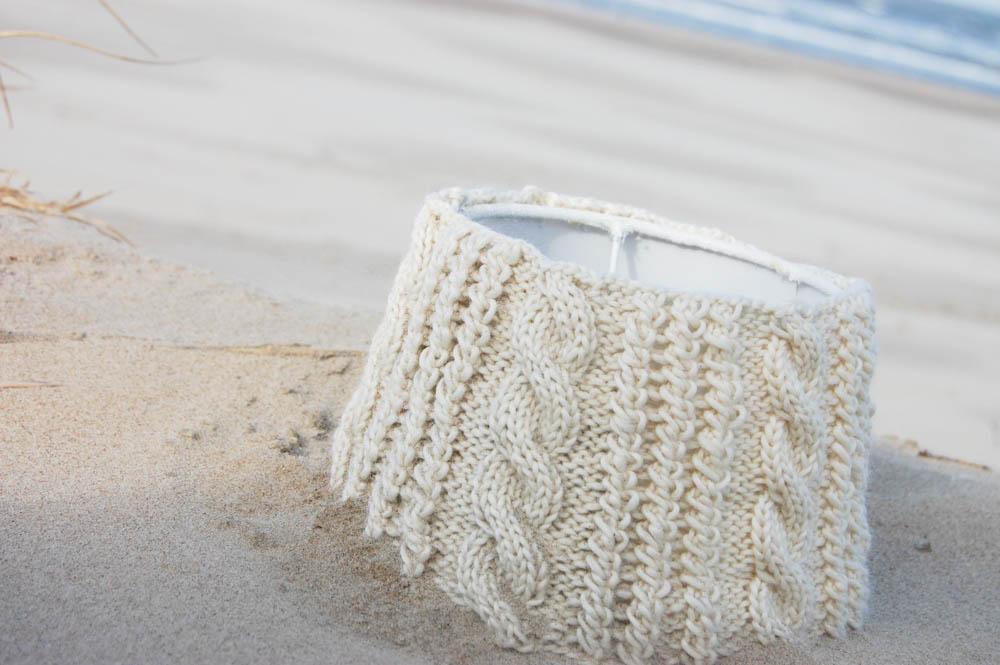 Strandgut lampenschirm Anleitung: Lampenschirm stricken im Landhausstil