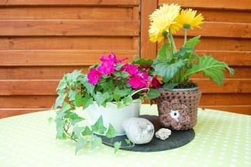 blumentopf umhäkeln Anleitung: Blumentopf umhäkeln mit Textilgarn
