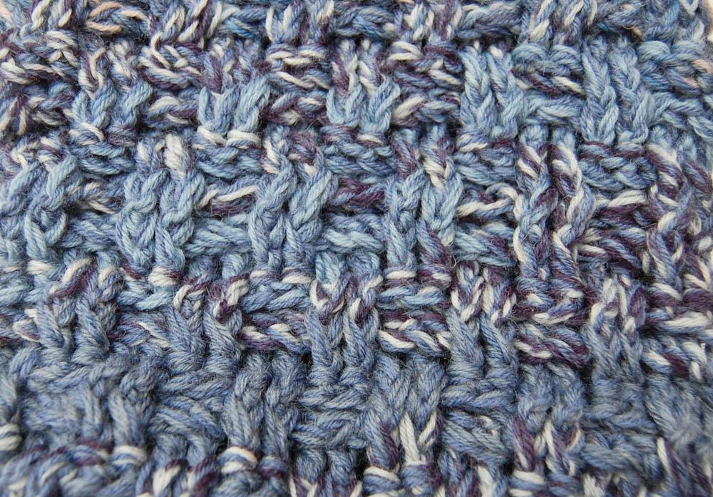 Loop häkeln - das Muster  Anleitung: Loop häkeln im Korbmuster aus Wollresten