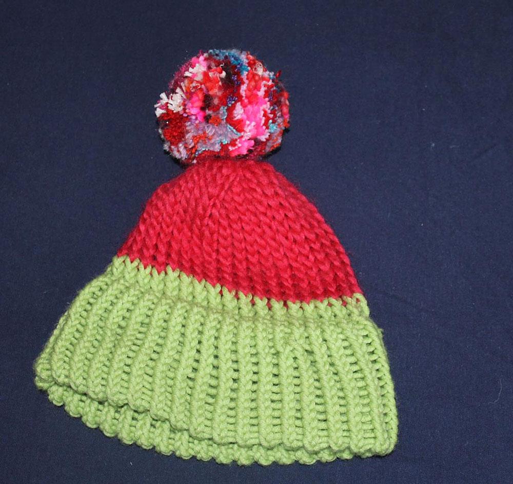 Kinderstricken - Mütze mit Strickring gestrickt  Kinder stricken - Die zehnjährige Martha kann es!