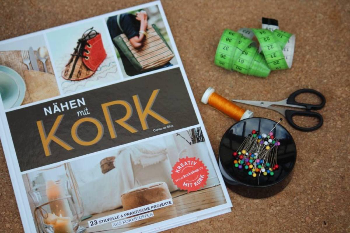 Das Handarbeitsbuch - 12 Buchempfehlungen - Nähen mit Kork  Das Handarbeitsbuch – 12 Buchempfehlungen