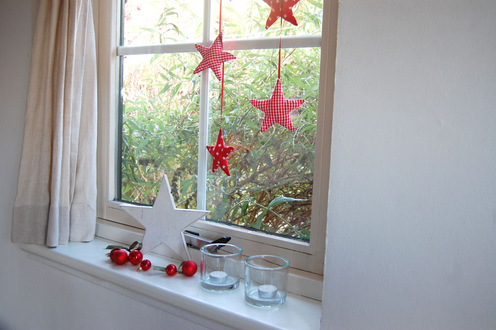 as window decoration  Tutorial: Christmas star sewing pattern