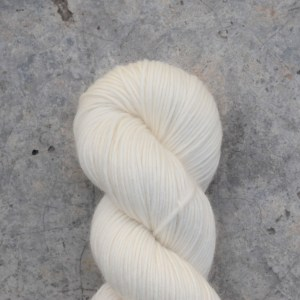 white skein of yarn