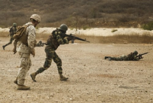 US Marines with SPMAGTF-CR-AF Train members of Senegal's Compagnie Fusilier de Marin Commando during 4-week training exercise in Senegal.