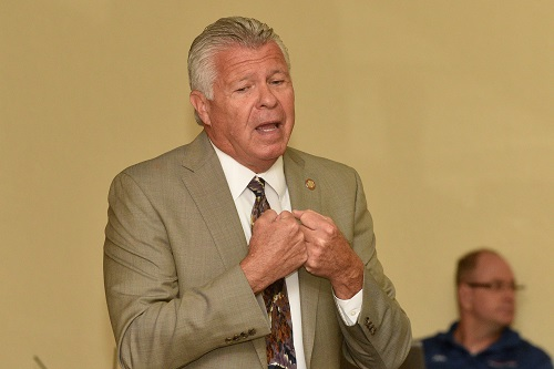Bob Delaney speaking at the 2018 Special Forces Association convention held in June 2018 in El Paso, Texas. Photo by Brian Kanof of Chapter 9 SFA.