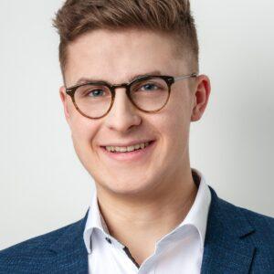 Portrait Julian Aechtner