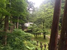 Auf dem gesamten Tempelgelände herrscht eine wirklich wunderschöne Ruhe und Stille, trotz der vielen Besucher.