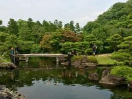 Koi-Teich im Koko-en Garten, direkt neben der Burganlage