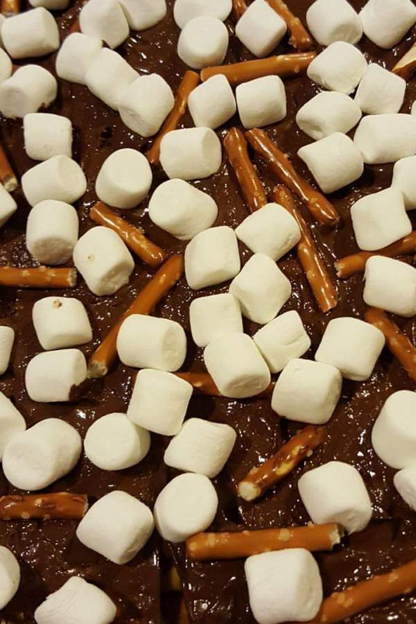 12 Days of Christmas Treats-First Day- Melted Snowman Toffee