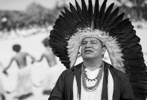 Black and white photo of tribe leader and 'The Spirit of Tatá' co-director Tashka Yawanawá