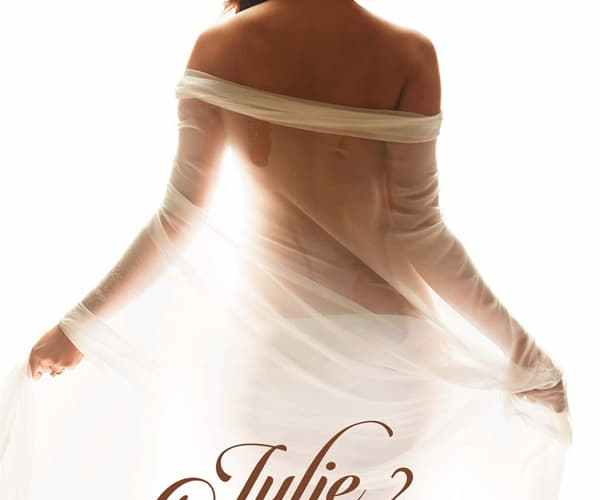 "Poster for the movie ""Julie 2"""