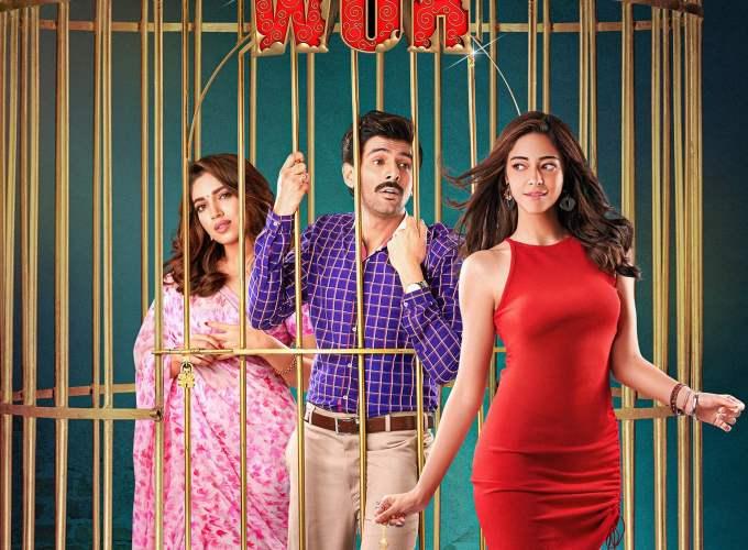 "Poster for the movie ""Pati Patni Aur Woh"""