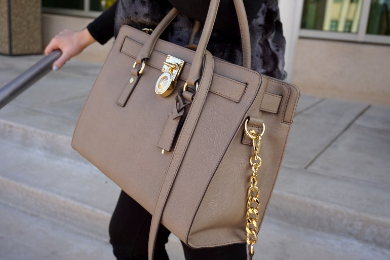 Pop of Taupe