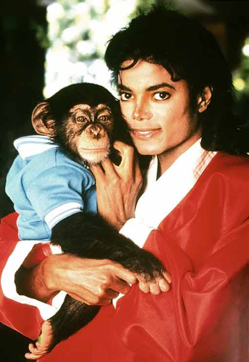 https://i2.wp.com/www.sofreshandsogreen.com/wp-content/uploads/2010/06/michael-jackson-and-bubbles-the-chimp.jpg