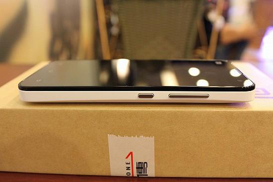 [開箱評測] 小米手機2S(16GB) CP 值超高的智慧型手機 IMG_8305