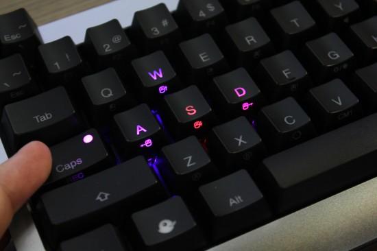 [COMPUTEX 2014] Ducky Mini 彩色背光鍵盤,輕鬆定義按鍵燈色 RHv0r-550x366