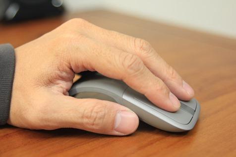 Microsoft Arc Touch 無線藍牙滑鼠評測,可彎超薄設計攜帶更方便 image021