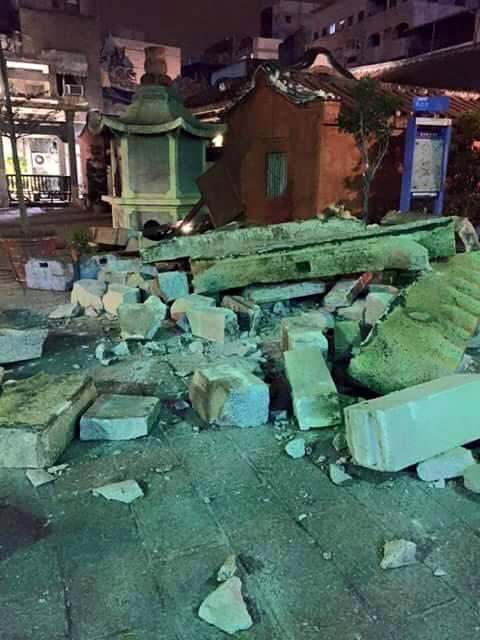 20160206 美濃大地震相關災情蒐集 (不斷更新) 台南市西羅殿風神廟倒塌