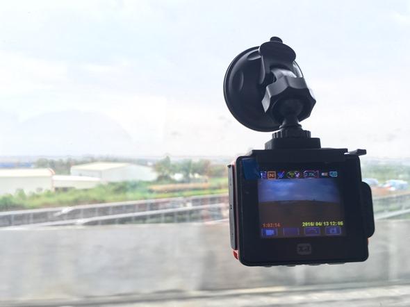 評測大通魔法導演行動攝影機,獨創3合1變速攝影 精采畫面一鏡到底不遺漏 IMG_2980