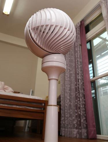 夏天就吹這台!小太陽3D超炫風DC扇(創風機)~冷涼舒服又省電 IMG_2947