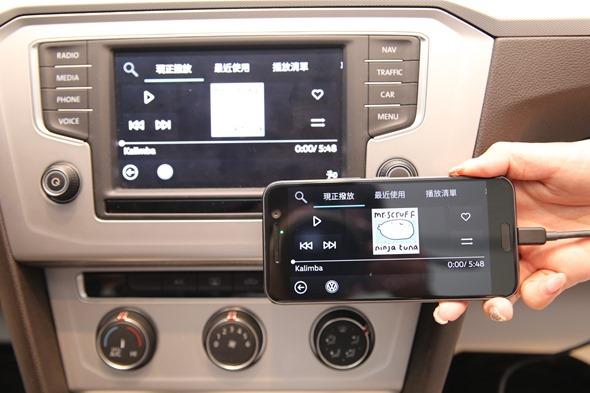 HTC與福斯合作推出 Customer-Link 即時車況監測系統,7月起新車免費搭載 IMG_3037