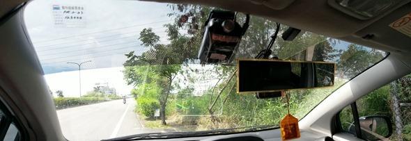 評測/Smart HUD2 (EL-352C)車聯網光學投射抬頭顯示器,今年最潮最炫的 HUD 車載裝置 IMAG0477