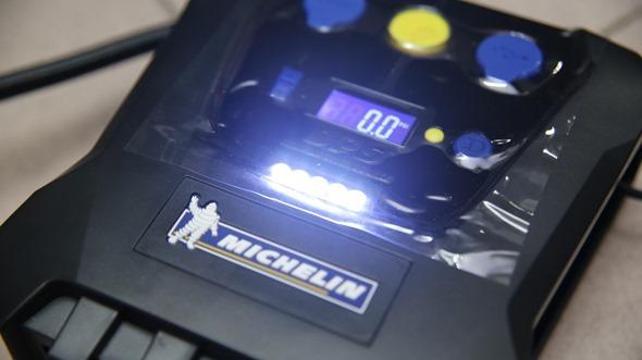 開箱/汽機車、玩具通用 米其林數位自動高速打氣機(12266),輕便好攜帶 IMG_3431