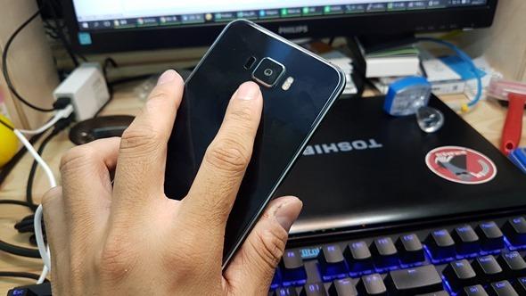 華碩正式發表 ZenFone 3 系列旗艦手機,售價 7,990 起! 20160711_183840