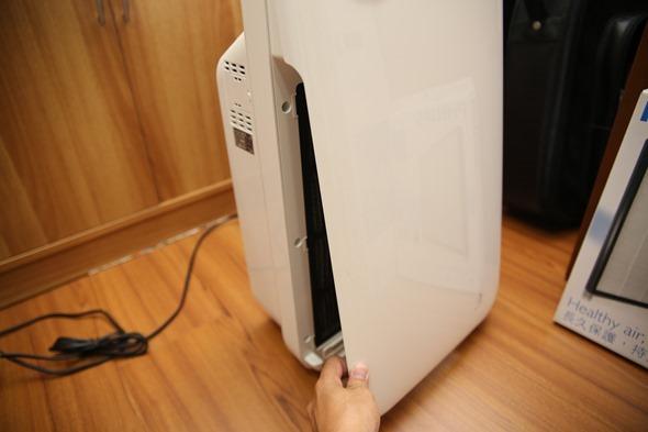 開箱/飛利浦空氣清淨機(AC4014),自動偵測空氣品質保持室內空氣最佳狀態 IMG_4084