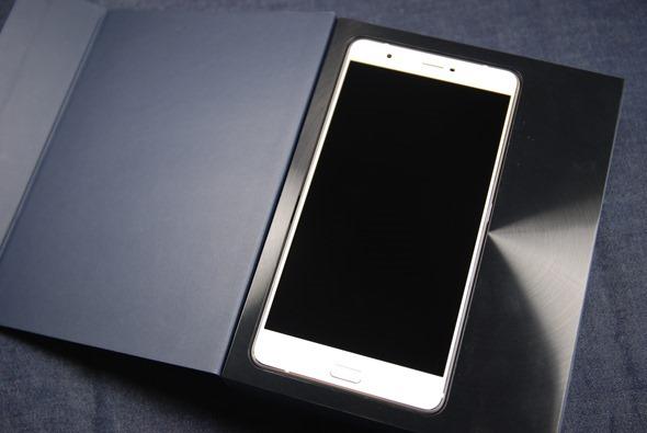 最符合影音娛樂需求的大螢幕智慧手機:華碩 ZenFone 3 Ultra DSC_0002