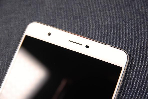 最符合影音娛樂需求的大螢幕智慧手機:華碩 ZenFone 3 Ultra DSC_0029