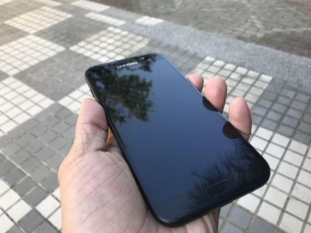Samsung Galaxy A7(2017) 開箱評測,支援IP68防水、雙1600萬畫素鏡頭與超強電池續航力 IMG_6902