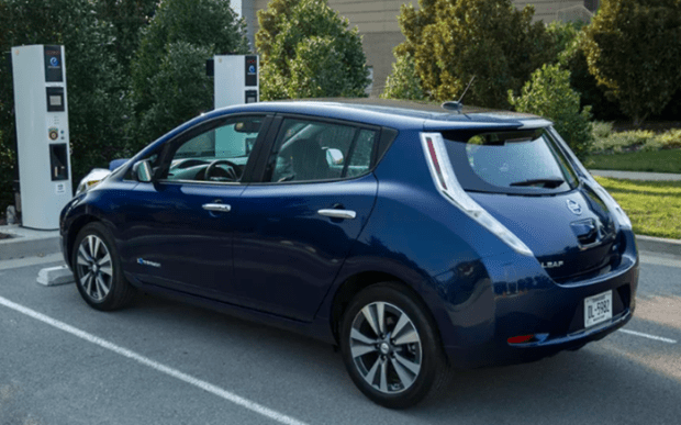 CES 2017報導:Nissan發表搭載智慧駕駛系統 ProPilot 電動車 Leaf Nissan-Leaf