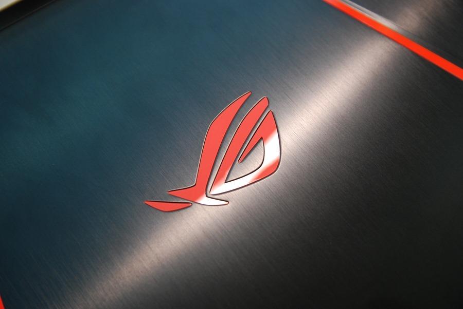滿滿的效能帶在身上! ASUS ROG STRIX GL502VM 電競筆電輕鬆玩 VR,給你滿滿的大效能! DSC_0056
