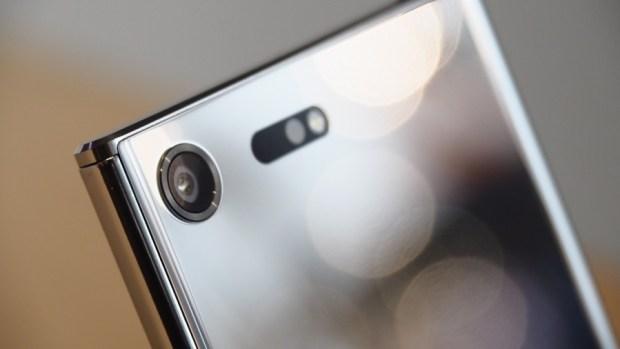 Sony Xperia XZ Premium 有多美? 讓我們近距離來看看 P2280878