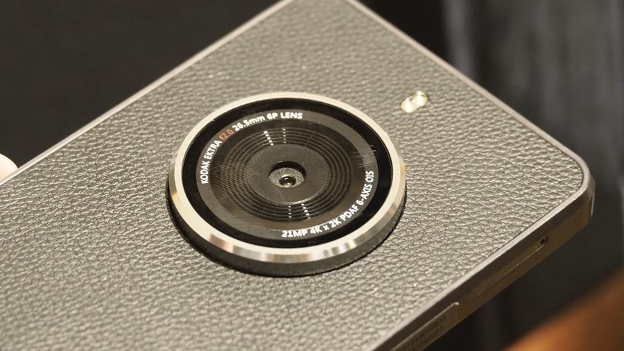 帶著榮耀重返,柯達在台灣正式推出 KODAK EKTRA 復古拍照手機 3090982