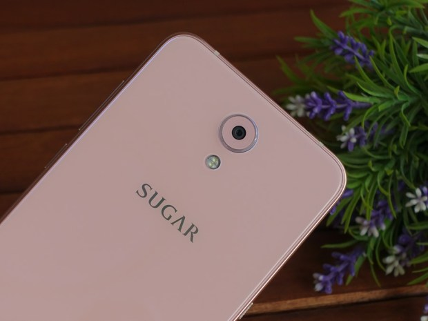 鑲嵌耀眼施華洛世奇寶石的 SUGAR S9 糖果手機開箱,6400萬超高解析度與美顏錄影讓人愛不釋手 DSC08607