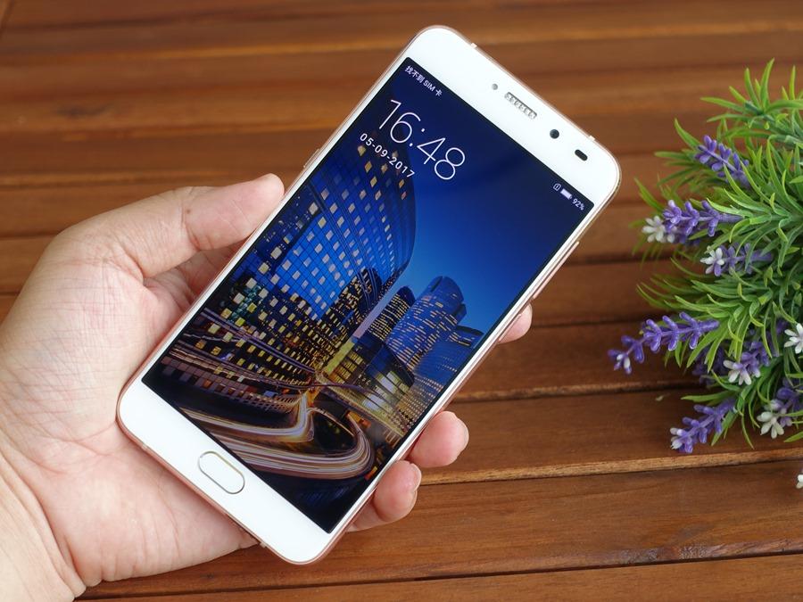 鑲嵌耀眼施華洛世奇寶石的 SUGAR S9 糖果手機開箱,6400萬超高解析度與美顏錄影讓人愛不釋手 DSC08637