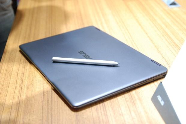 華碩 2017 新品筆電、手機大量公開!高效輕薄超亮眼 DSC_0140-900x602