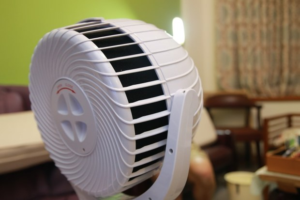 「Day Plus 空氣濾淨創風機」電扇+空氣清淨機合體 製造乾淨空氣、節省居家空間 IMG_6928