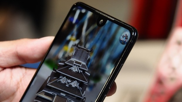 日系品牌 SHARP 推出無邊框新機 AQUOS S2,多項特色極似傳說中的 iPhone 8 8150411