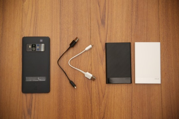 ASUS ZenPower Slim 4000mAh 超輕薄行動電源,輕鬆為手機補充半天電池電量 IMG_7358