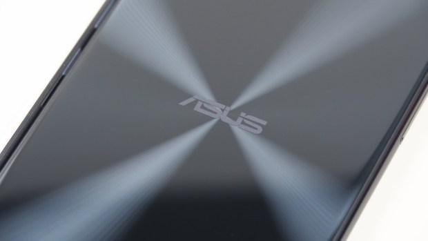 半價就能買到旗艦級相機!ASUS ZenFone 4 (ZE554KL) 評測 A231806