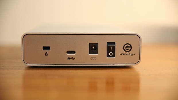 G-Technology G-Drive USB-C 外接硬碟評測,擴充容量同時還能幫筆電充電,支援 Time Machine備份 IMG_7407