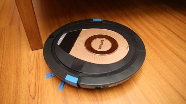 [史上最便宜] 飛利浦掃地機器人(FC8776/31)推薦,超薄機身家具底下空間輕鬆深入清潔 image027