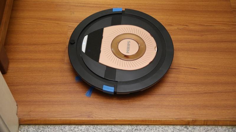 [史上最便宜] 飛利浦掃地機器人(FC8776/31)推薦,超薄機身家具底下空間輕鬆深入清潔 image029
